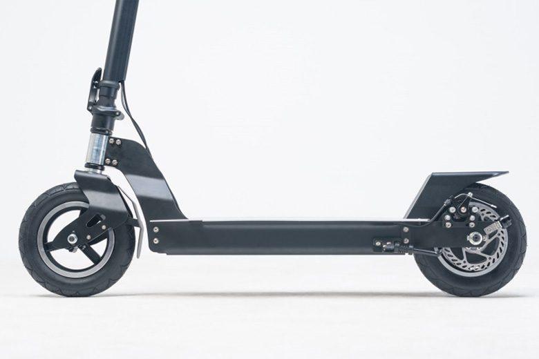 הגלגלים של קורקינט חשמלי scootair-wideboard