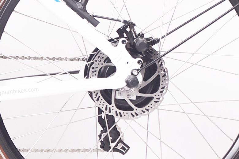 גלגלים-ui5-magnum