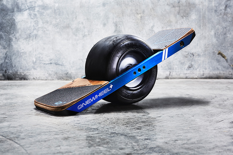 onewheel סקיטבורד חשמלי עם גלגל אחד