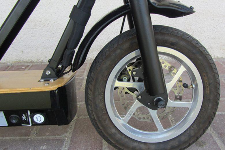 קורקינט חשמלי G3 גלגל קדמי