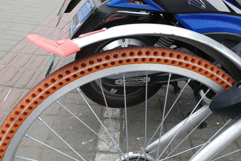 גלגל של אופניים מתוך תערוכה בסין