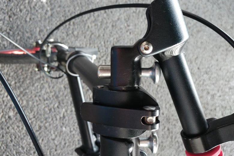 כידון מתוך האופניים החשמליים