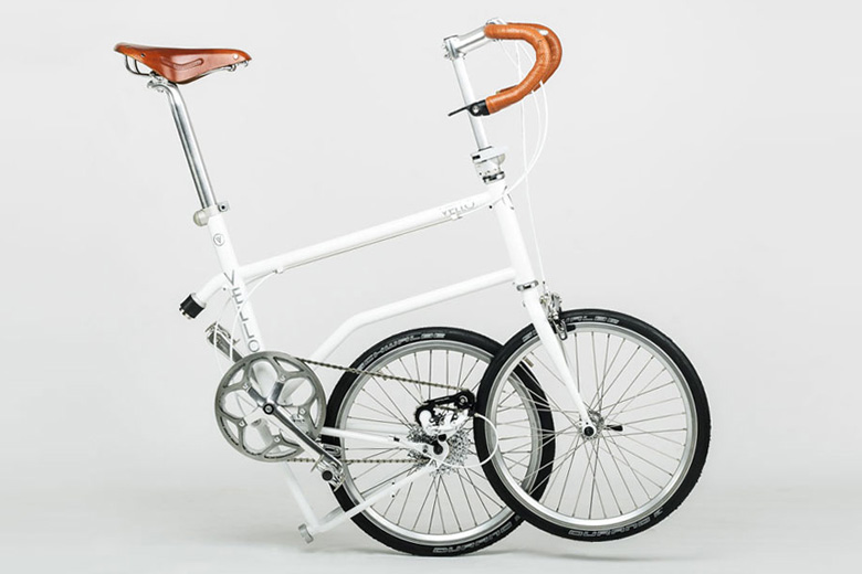 אופניים חשמליים מתקפלים VELLO BIKE במצב מקופל
