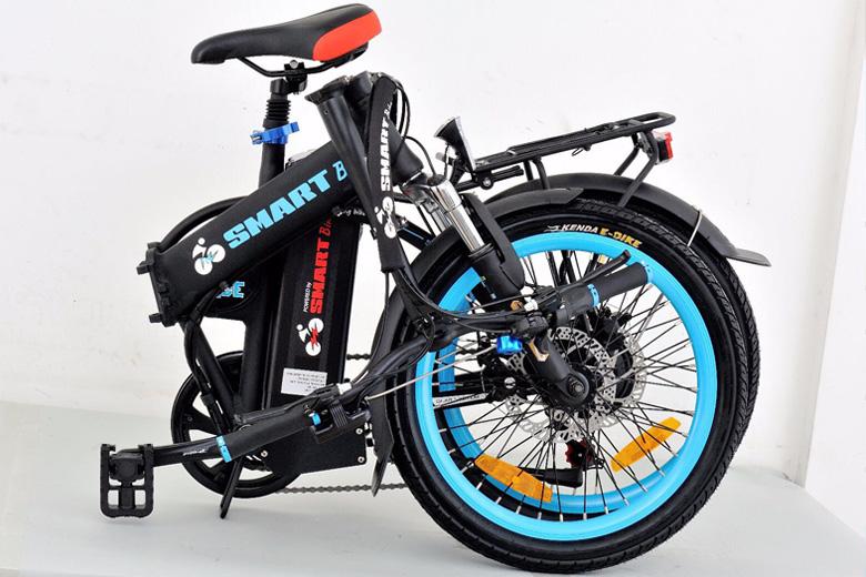 אופניים חשמלים סמארט uforce במצב מקופל